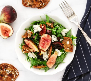 grilled fig and pancetta salad